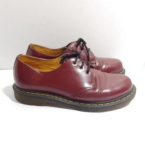 Dr. Martens maroon laceup shoes